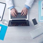 Ärzte zwischen Heilung, Führung und Verwaltung